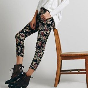 Free People Low Rise Floral Corduroy Pants Sz 28